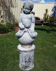 Small Cherub on Small Rose Pedestal